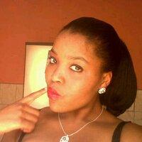 Zinhle Mngomezulu | Social Profile