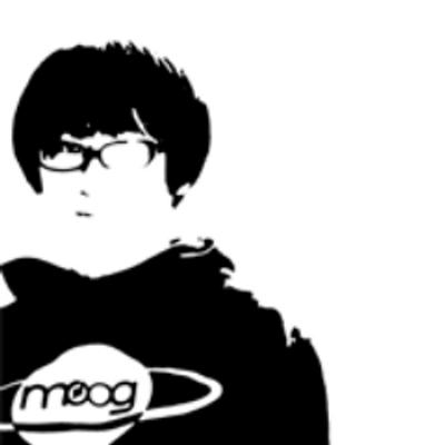 吉本ヨウイチ。 | Social Profile