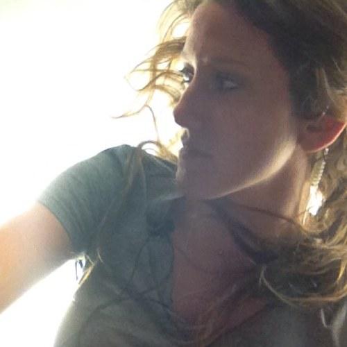 Cassie (L) Scalettar Social Profile