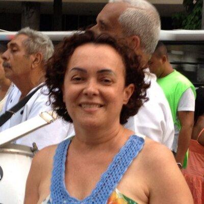 Olivia Soares | Social Profile
