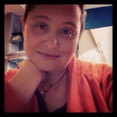 Amanda VanderTuig | Social Profile