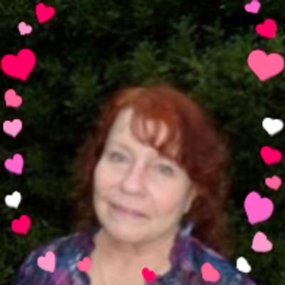 Gloria Chadwick | Social Profile