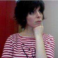 Julie Hecht | Social Profile