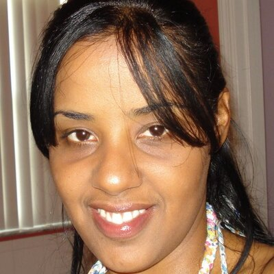 Mayra Leader