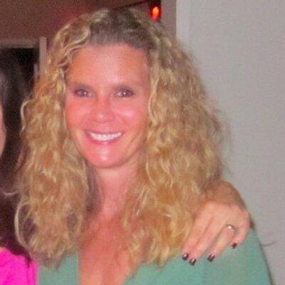 Tina Trivan | Social Profile