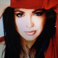 Marian de la Fuente   Social Profile