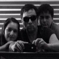 rodrigo mena | Social Profile