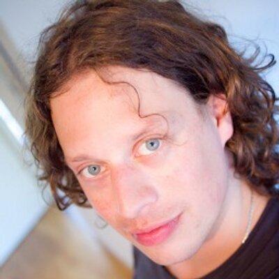 Robin Schuil | Social Profile
