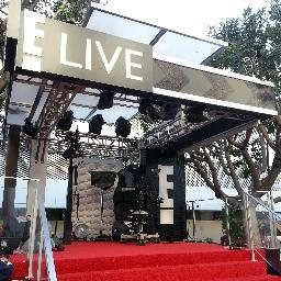 E! Live Events Social Profile