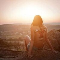 Diana Urrutia H  | Social Profile