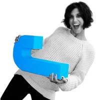Elina Aziz | Social Profile