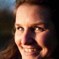 Yvonne Slobo v Vroho | Social Profile