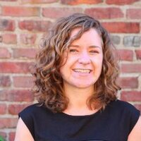 Lizzie McQuillan | Social Profile