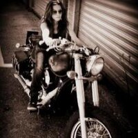 Larinda Macceda | Social Profile