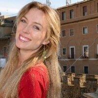 Elizabeth Knight   Social Profile