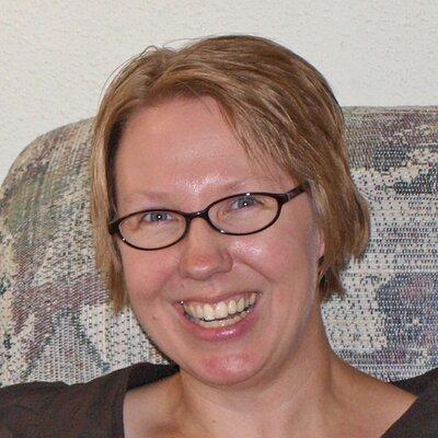 Linda | Social Profile