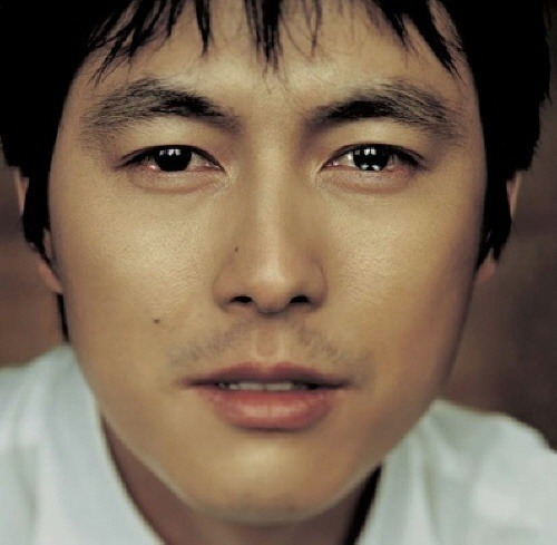 Hyuno Sung Social Profile