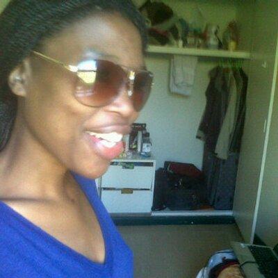 Ndumie Ntsengentsu | Social Profile