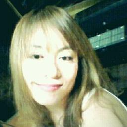 홍소라/ @sorah22 의 첫계정 Social Profile