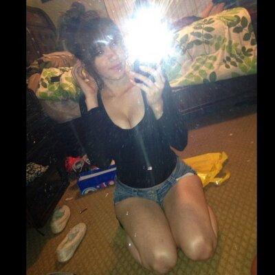 Brenda ^-^   Social Profile