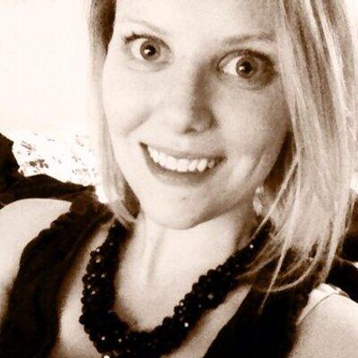 Kelly Ryan | Social Profile