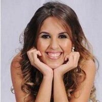 Thayná Oliveira | Social Profile