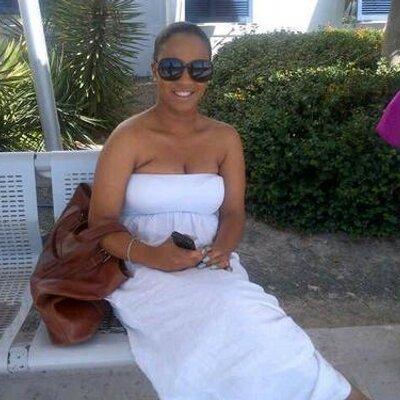 Ramona Porter | Social Profile