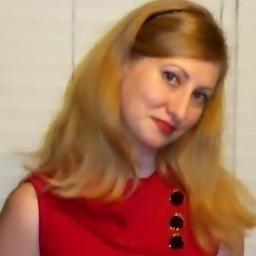 Laura Winn  | Social Profile