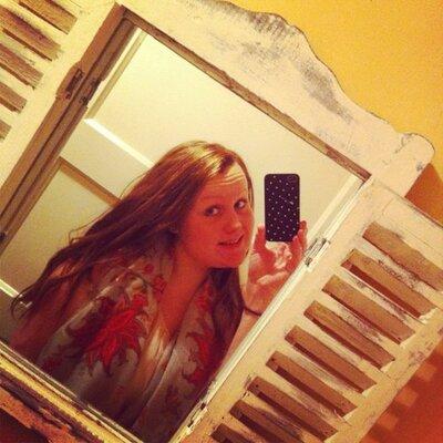 Rosalyn   Social Profile