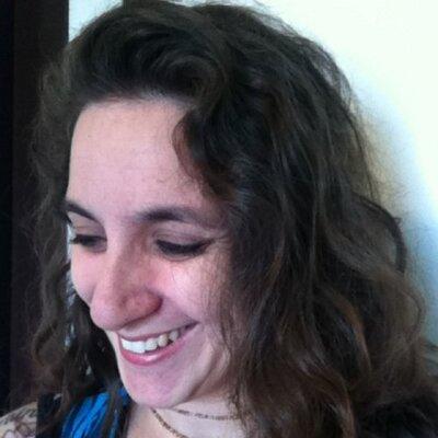Adriana Rocha | Social Profile