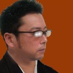 殿 Social Profile