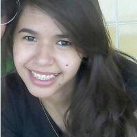 Wenia Santos | Social Profile