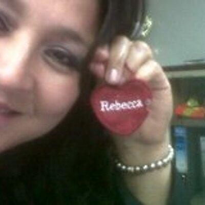 Rebeca Chavarria | Social Profile
