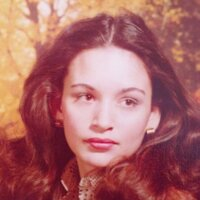 Lisa B.   Social Profile