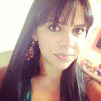 Gabriela Uchôa | Social Profile