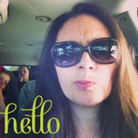 Jeannett | Social Profile