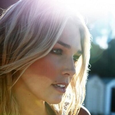 Ashley Hart | Social Profile