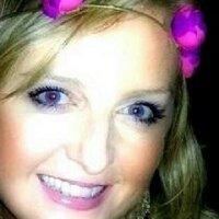 Kirsten Honour | Social Profile