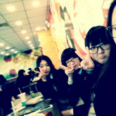 홍혜리 | Social Profile