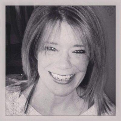 Christine Peisker | Social Profile