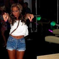 Yasmine | Social Profile