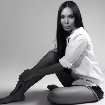 Niken P | Social Profile