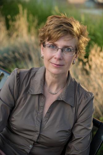 Elizabeth Rosenau