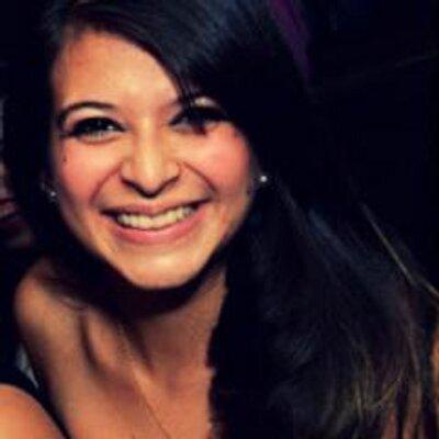 Andrielle Andrade | Social Profile