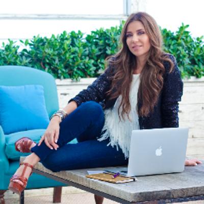 Susan Stipcianos | Social Profile