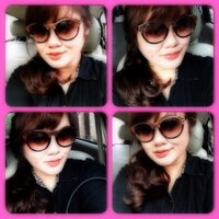 riszky andriani | Social Profile