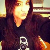 Erin Christine | Social Profile