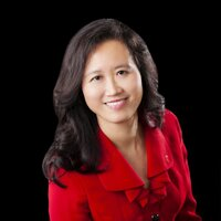 Dr Cynthia Thaik | Social Profile