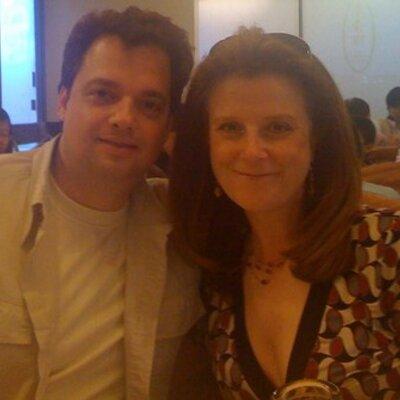 Deborah Kuhnen | Social Profile