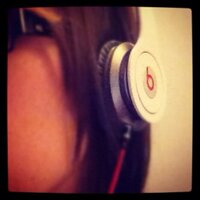 Emma Roids | Social Profile